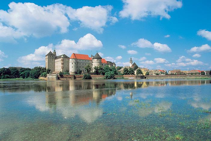 Elegant Elbe 2019 Berlin To Prague Cruise Overview